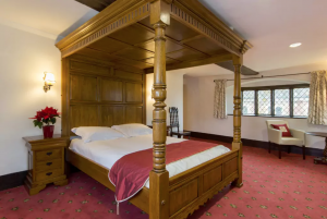 Brandon Suite: Hockwold Hall